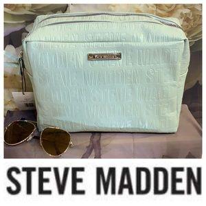 Steven Madden wristlet